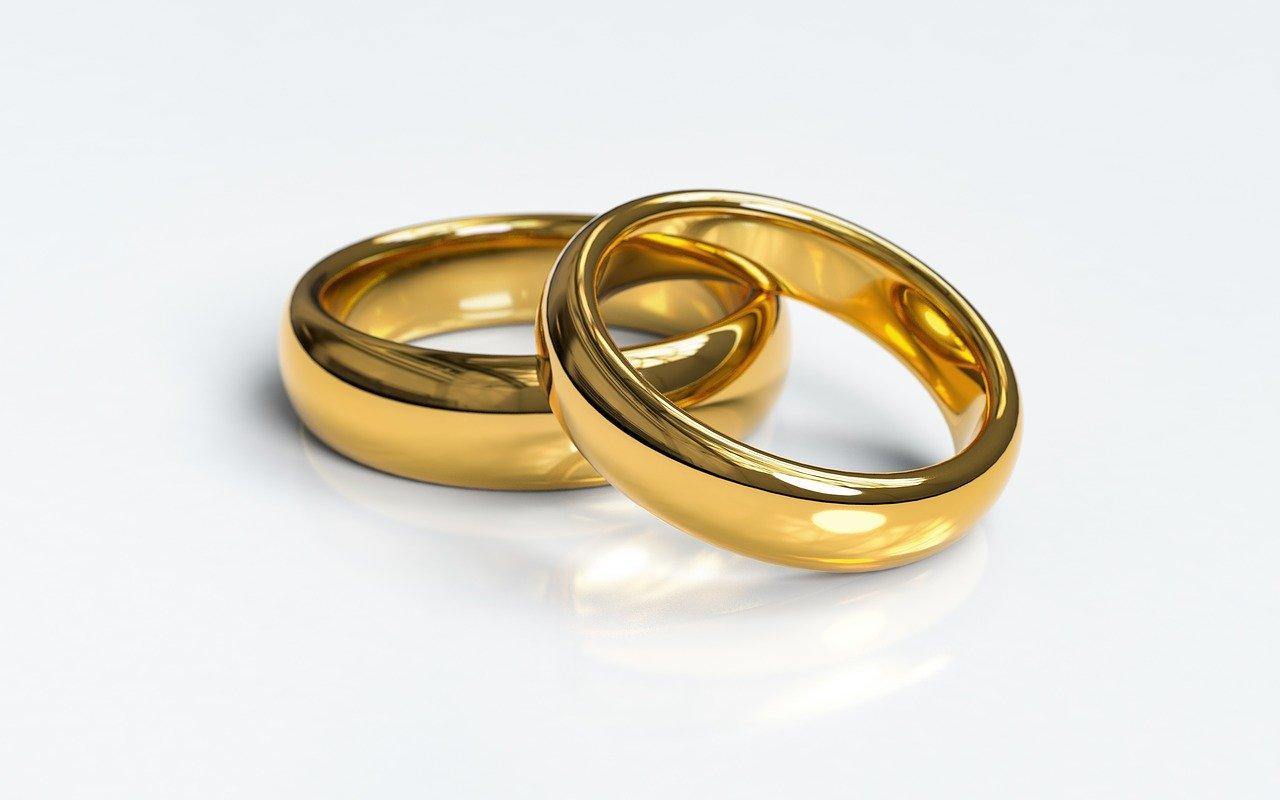 Penser à choisir la bonne bague pour votre mariage.